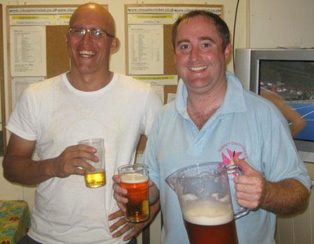 Dan and Scotty - 50s jug